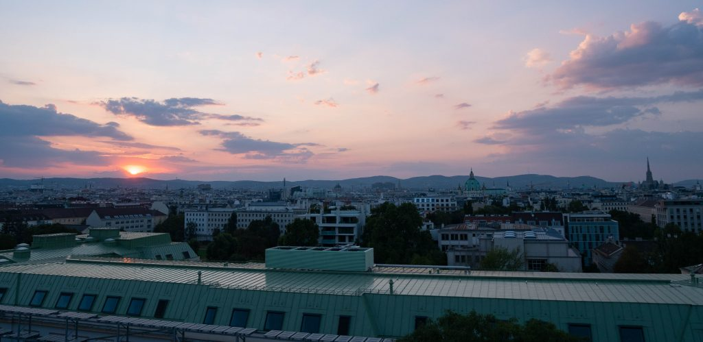 Wien_roofs_sunset