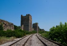 smederevo_train_fortress