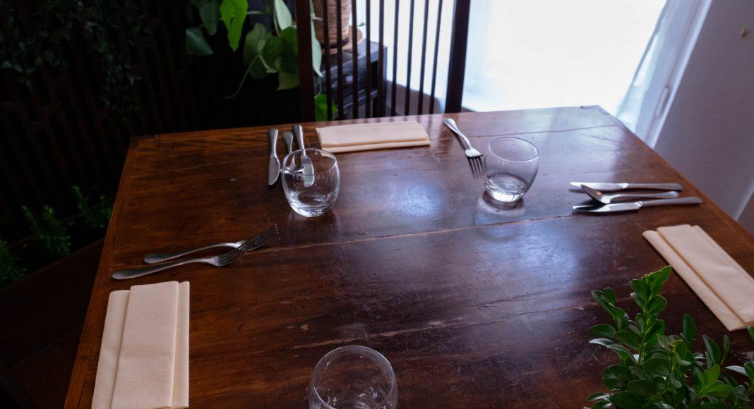 bratislava_green_buddha_table