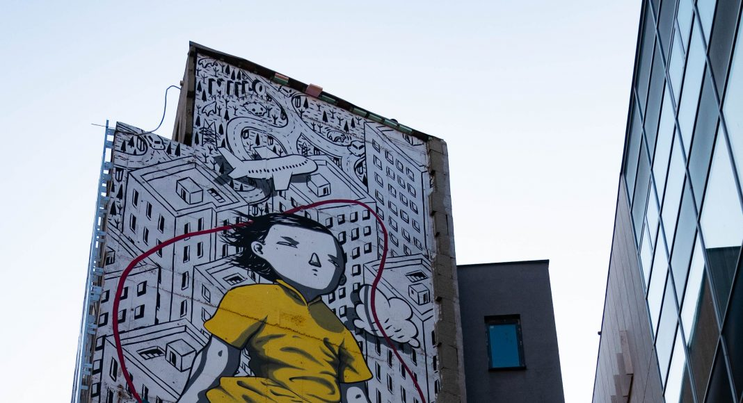 bratislava_street_art_girl