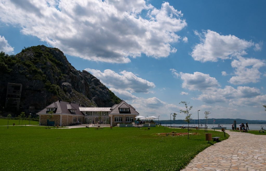 Golubac_tourist_center