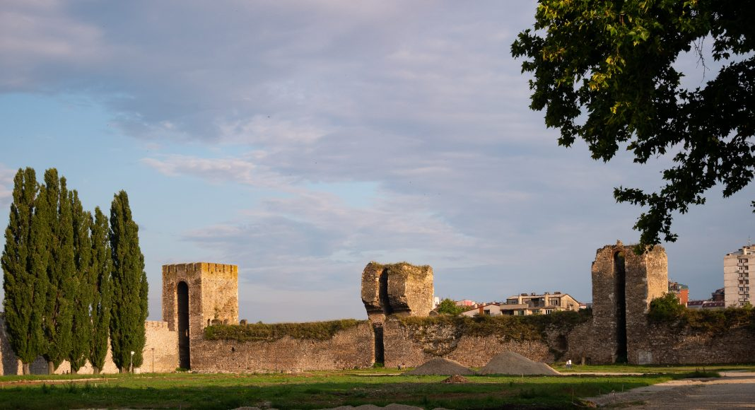 smederevo_fortress_parc_trees