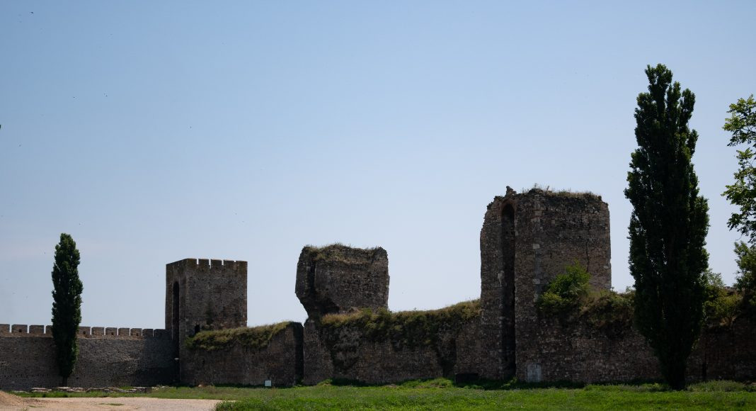 smederevo_fortress_towers
