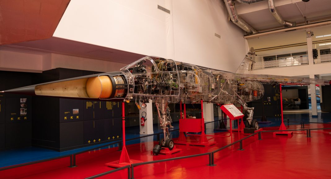 musee_air_espace_cocarde_transparent