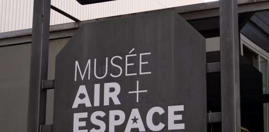 musee_air_espace_entree_affiche