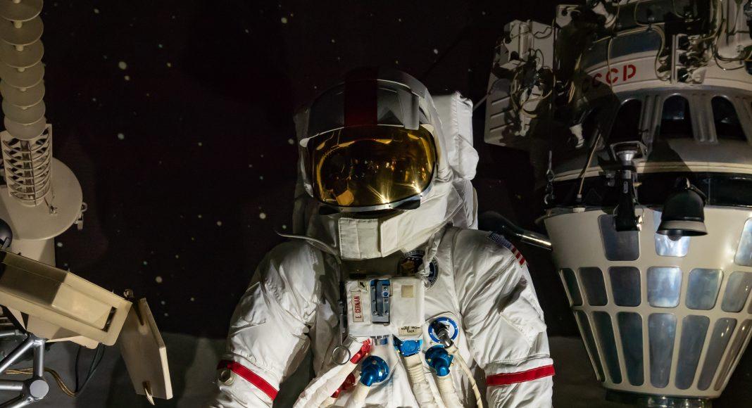 musee_air_espace_spatiale_cosmonaute