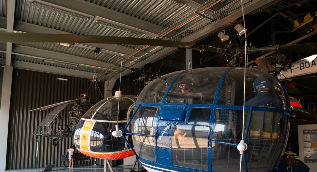 musee_air_espace_voilure_helico_devant