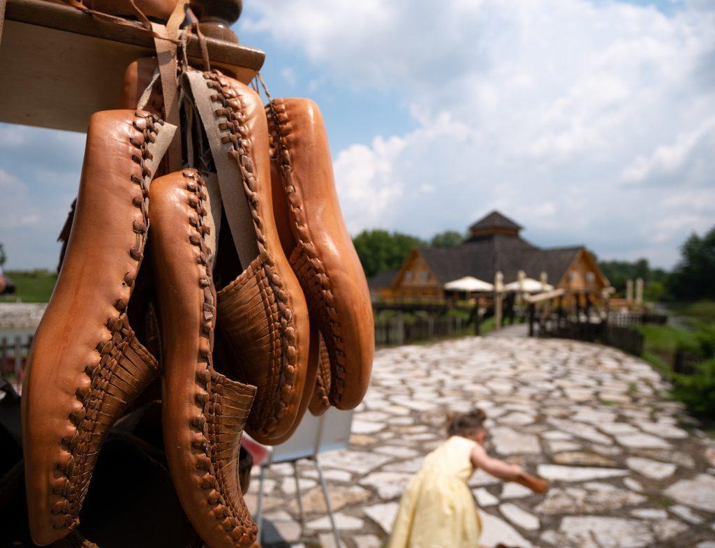 etno_selo_chaussure