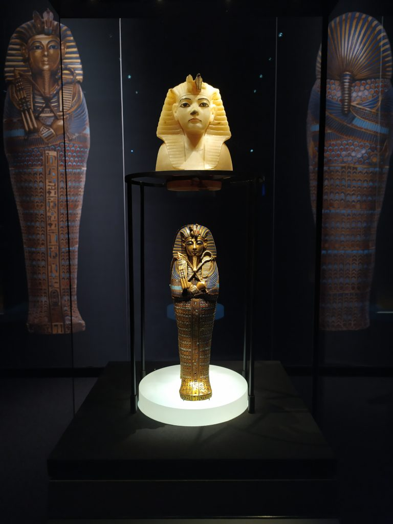 expo_toutankhamon_paris_urne
